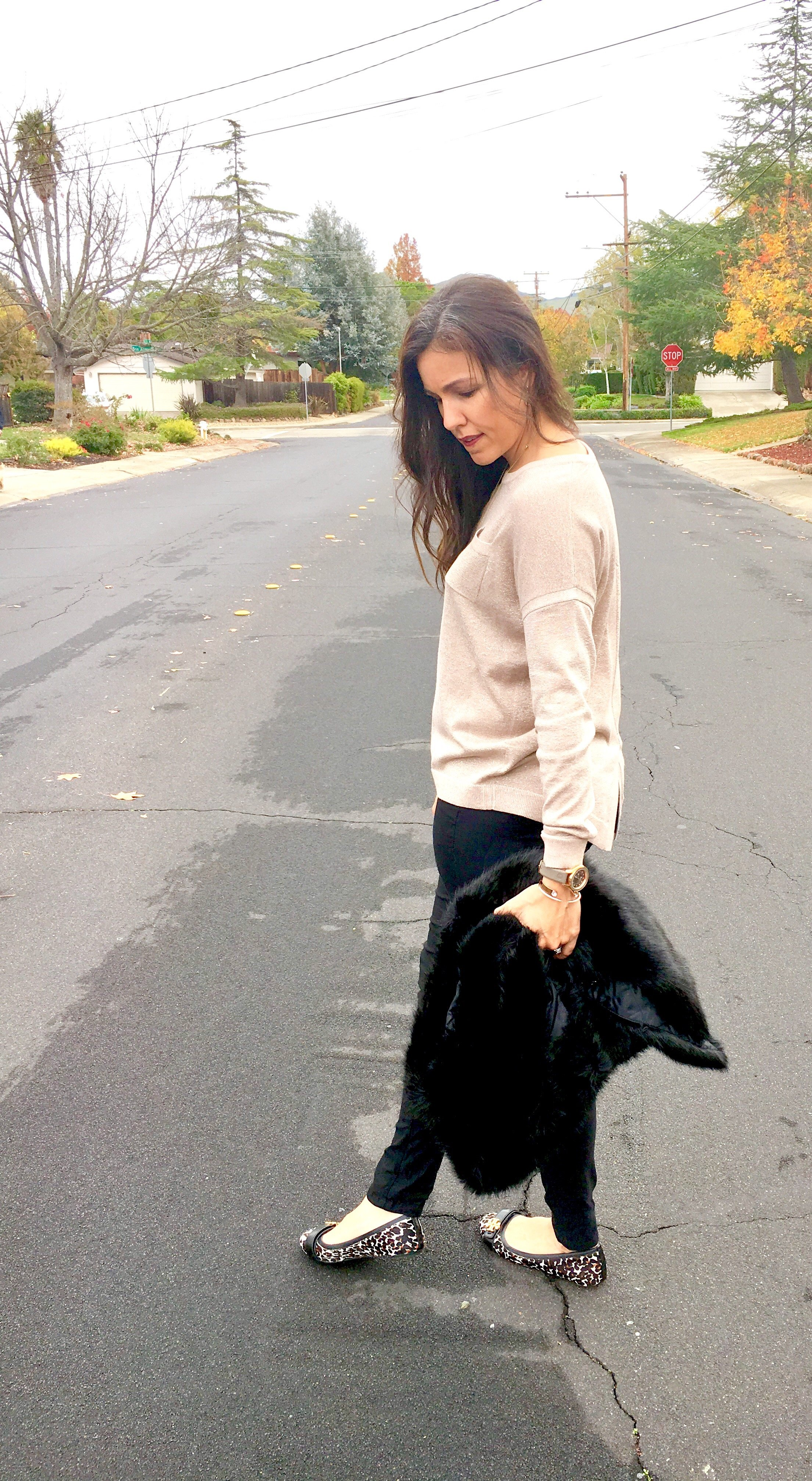 How to style faux fur | fall and winter style | holiday style | holiday outfit | cool weather | Thanksgiving outfit
