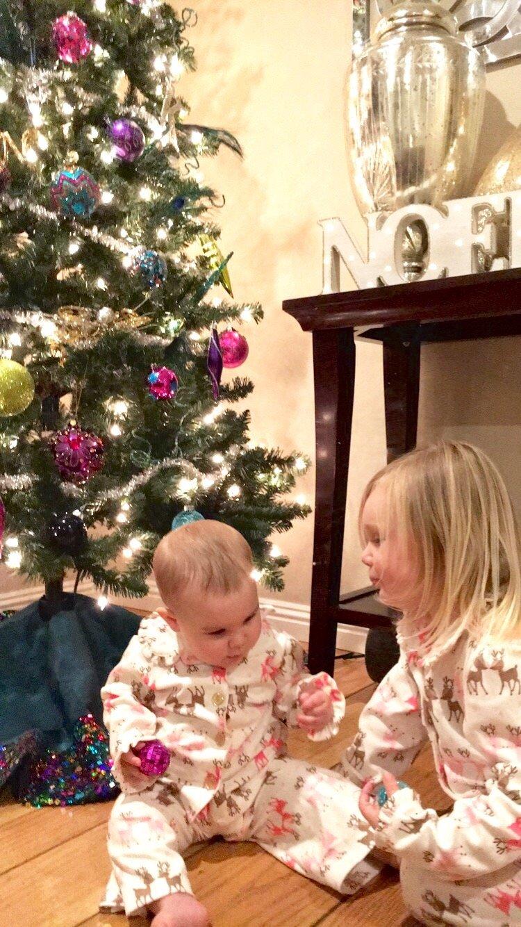 Christmas decor ideas   tips for decorating Christmas tree   how to decorate Christmas tree