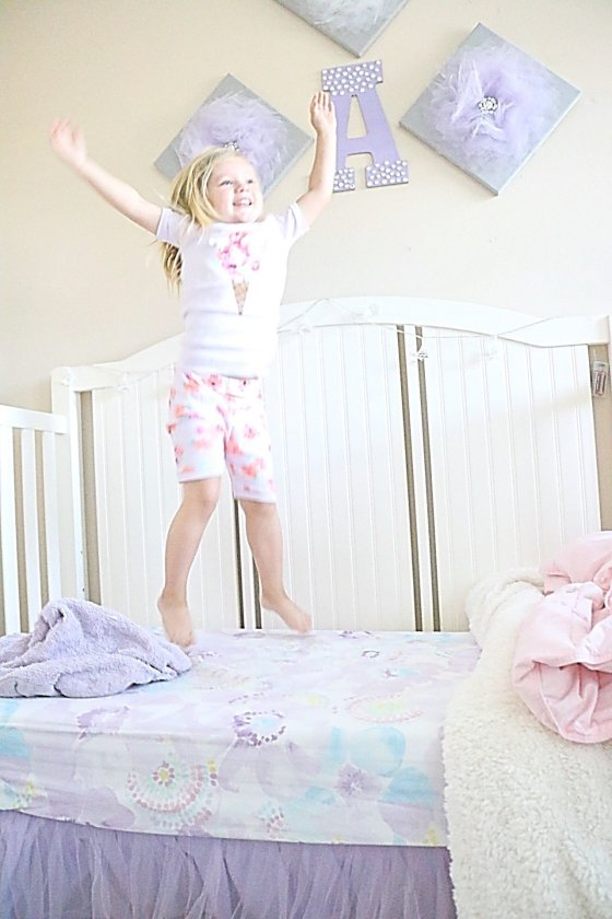 Tips + Tricks to maintaining kids bedtime routine, Kids Bedtime Routine for Summer, How to get kids to bed early, How start a bedtime routine