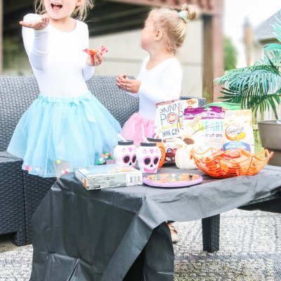 How To Host An Affordable Halloween Party For the Kids
