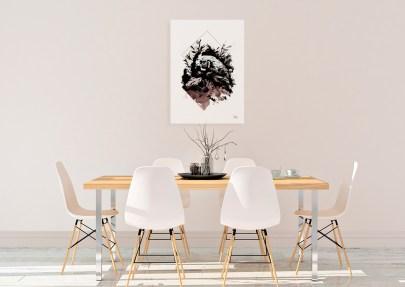 """Exemple d'un intérieur minimaliste et clair avec le tableau """"Gallus Gallus """" – série limitée en impression sur toile."""