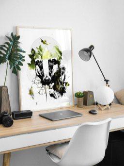 """Modèle avec l'illustration """"Meles Meles"""" (Le Blaireau) – de la série HelvEdition de Ka L-O-K   Graphic Arts"""