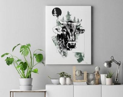 """Modèle avec l'illustration """"Bos Taurus"""" (La Vache) – de la série HelvEdition de Ka L-O-K   Graphic Arts"""