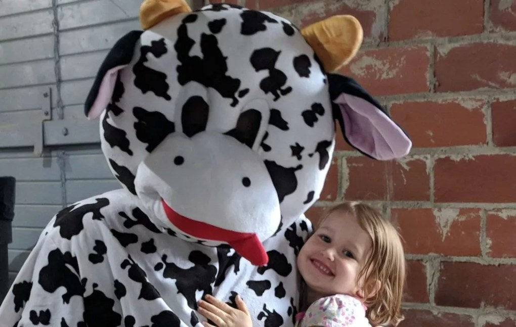 Visit Lona the Cow at 2019 Kalona Fall Festival