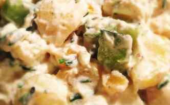 Kartoffelsalat med sur/sød skyrdressing