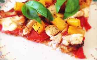Spicy tortilla-pizza