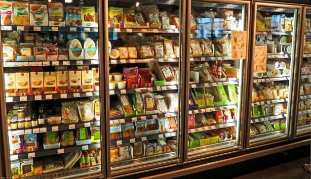 Kalorierige fødevarer i supermarkedet