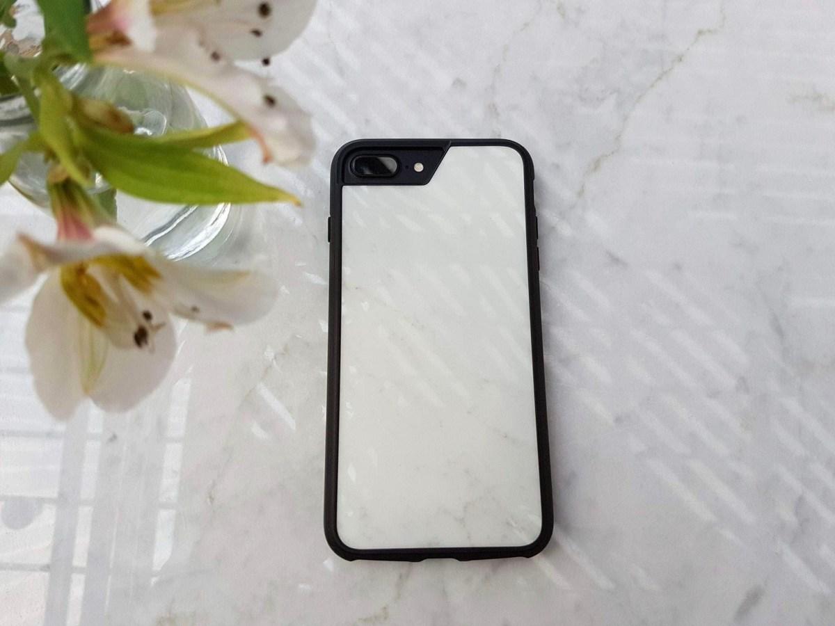 Mous; la única funda para iPhone que resiste todo. Todo.