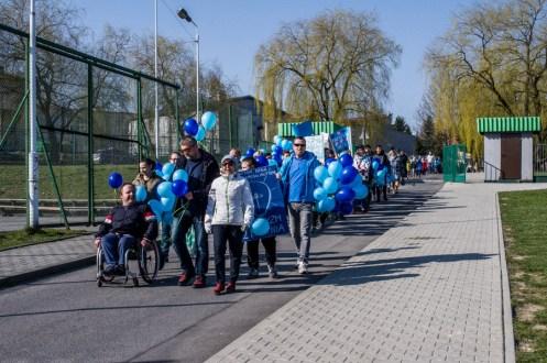 Niebieska Kalwaria - obchody Światowego Dnia Świadomości Autyzmu w Kalwarii - 2 kwietnia 2019 r. Kalwaria Zebrzydowska - fot. Andrzej Famielec IMGP5152
