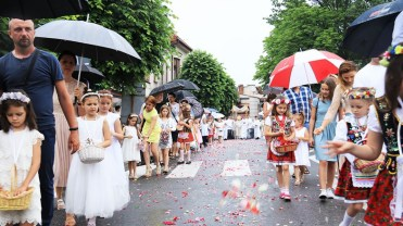 Kalwaryjska procesja w Uroczystość Najświętszego Ciała i Krwi Pańskiej - 20 czerwca 2019 r. - fot. o. Franciszek Salezy Nowak OFM | Biuro Prasowe Sanktuarium