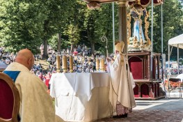 Procesja Wniebowzięcia NMP - 16 sierpnia 2020 r. - fot. Andrzej Famielec - Kalwaria 24-05221