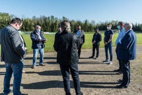 Przekazanie placu budowy bieżni na Kalwariance - 11 maja 2021 r. - fot. Andrzej Famielec - Kalwaria 24-03293