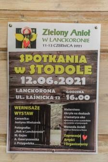 Zielony Anioł w Lanckoronie - Wystawa prac uczniów z -Werandy Anieli- podcas -Spotkania w Stodole--04394
