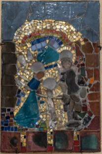 Święta Rodzina - lata 70.- mozaika Ireny Weiss (Aneri) w prezbiterium Kościoła pw. św. Michała Archanioła w Zebrzydowicach - fot. Andrzej Famielec-05068