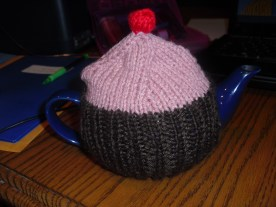 cupcake tea cozy - original