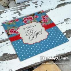 undangan pernikahan vintage biru