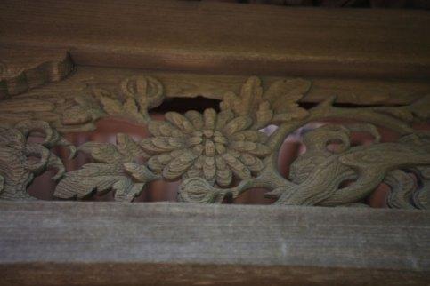 英勝寺、祠堂門(平唐門)の透かし彫り。江戸初期のまま残る貴重なものです。