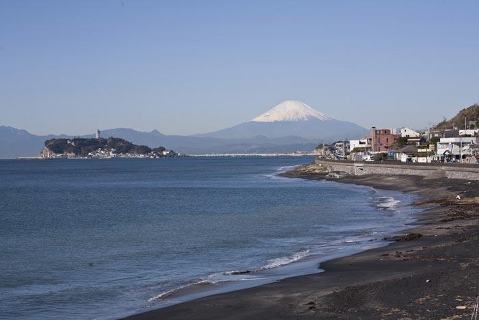 稲村ケ崎からの景色。やはり海、江之島、富士山はセットです。