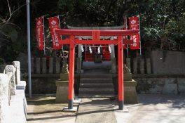 海南神社のお稲荷様。