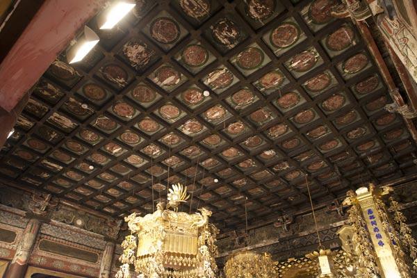 光明寺、本堂の天井画。