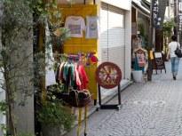 御成通りのSOUK SOUK SOUK。店先にアジアンストリート・マーケットの香りが漂います。