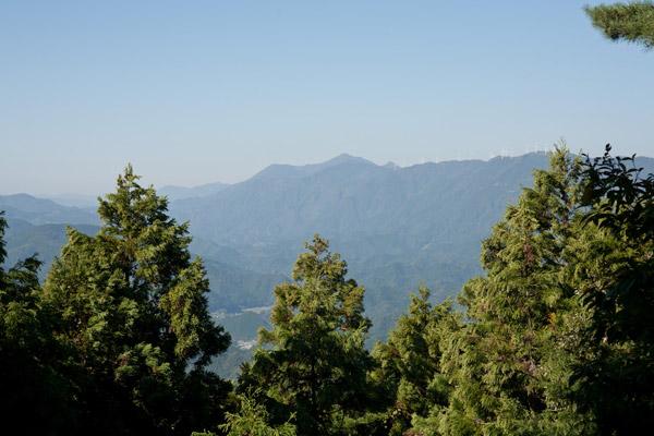 朽木峠の展望台からみた景色。