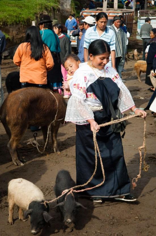 mercados-otavalo-ecuador_07