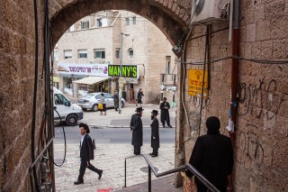 Orthodox Jews, Mea Shearim quarter, Jerusalem, Israel.