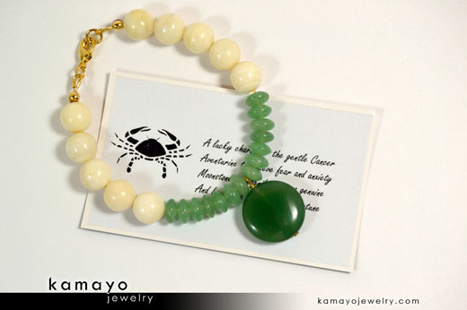 Cancer Bracelet - Green Aventurine Pendant and White Moonstone Beads