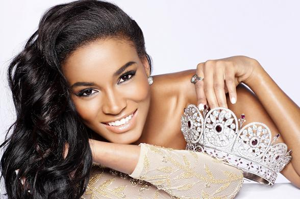 Miss Universe 2011 Leila Lopesis the new face of Natures Gentle Touch!