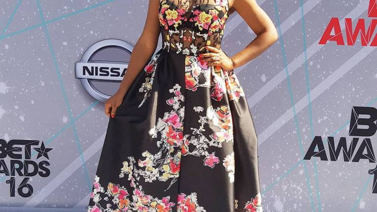 Yemi Alade Stuns in N2.5m Dress At The BET Awards 2016
