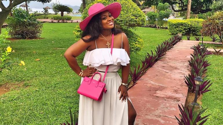 5 Stylish Looks Featuring Jackie Appiah!