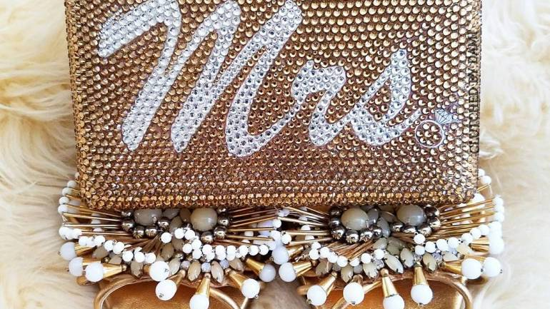 Do You Fancy Personalised Bridal Clutch From ClutchedByDami On Your Big Day? – Then Check This Out!