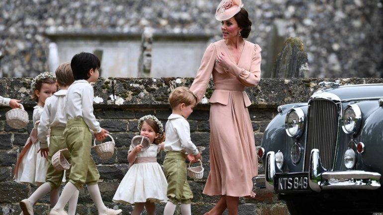 Kate Middleton Went All Nude For Her Sister's Wedding!