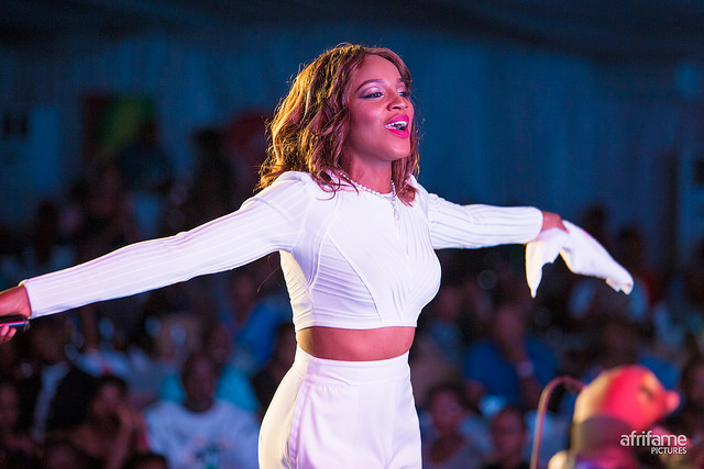 Gorgeous in White, Seyi Shay Dazzles the Audience at the Kigali Jazz Junction!