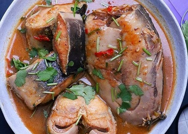 Kamdora Kitchen: How To Prepare White Soup/Ofe Nsala Soup