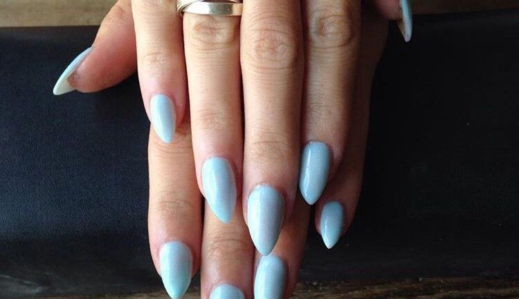 5 Nail Polish Colours You Should Try Out This Summer