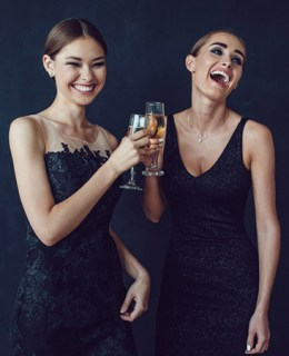 Cocktail Attire For Women (A Detailed Dress Code)