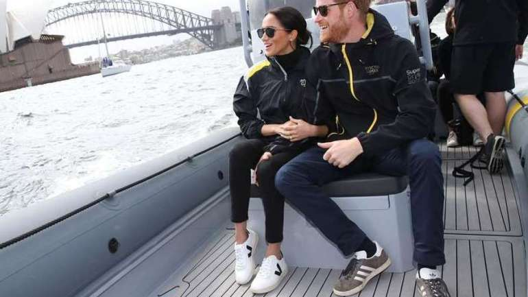 Pictures Of Meghan Markle Wearing Sneakers For The First Time