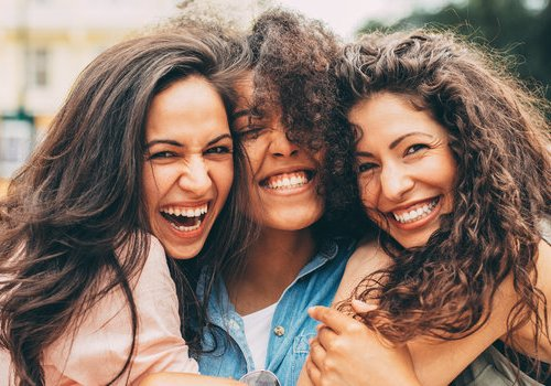 7 Habits You Must Have If You Want To Make Friends Easily