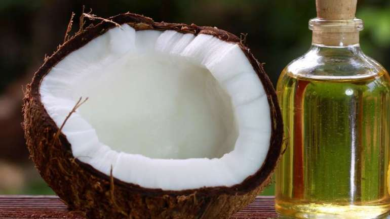 DIY: How To Make Coconut Oil At Home