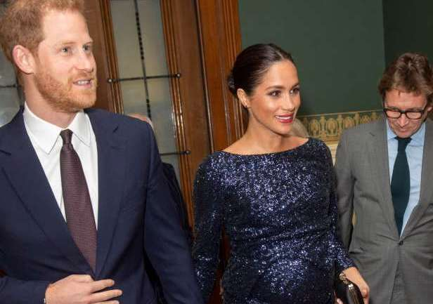 Prince Harry & Meghan Markle Go For Date Night at Cirque du Soleil