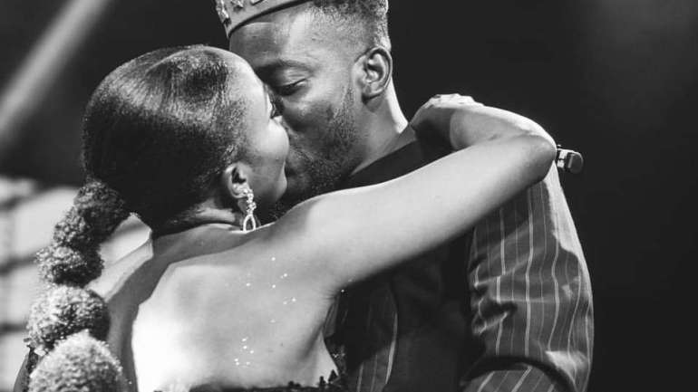 Nigerians Send Congratulatory Messages Following The Report Of Adekunle Gold And Simi's Wedding Holding Today
