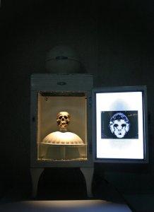 Chambre froide 1 oeuvre artiste contemporain Kamel Yahiaoui