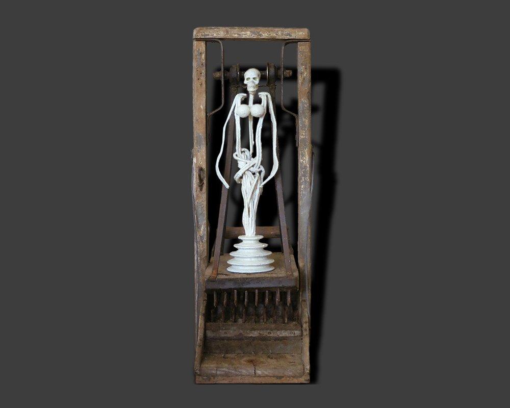 La mort à l'échafaud oeuvre artiste contemporain Kamel Yahiaoui