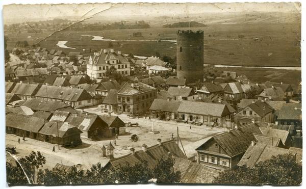 Вид с церкви на центральную площадь Каменца, 1940 год