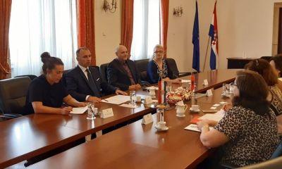 Središnji ured - Albanija
