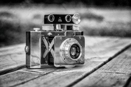Gallus Derlux. Fransk kamera, tillverkad i polerad aluminum. Cirka 1945. © Johan Adlercreutz 2017