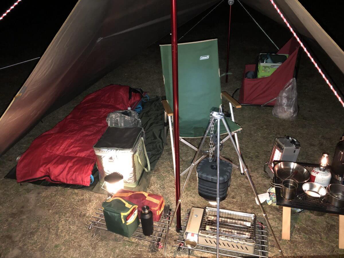 ソロキャンプの画像