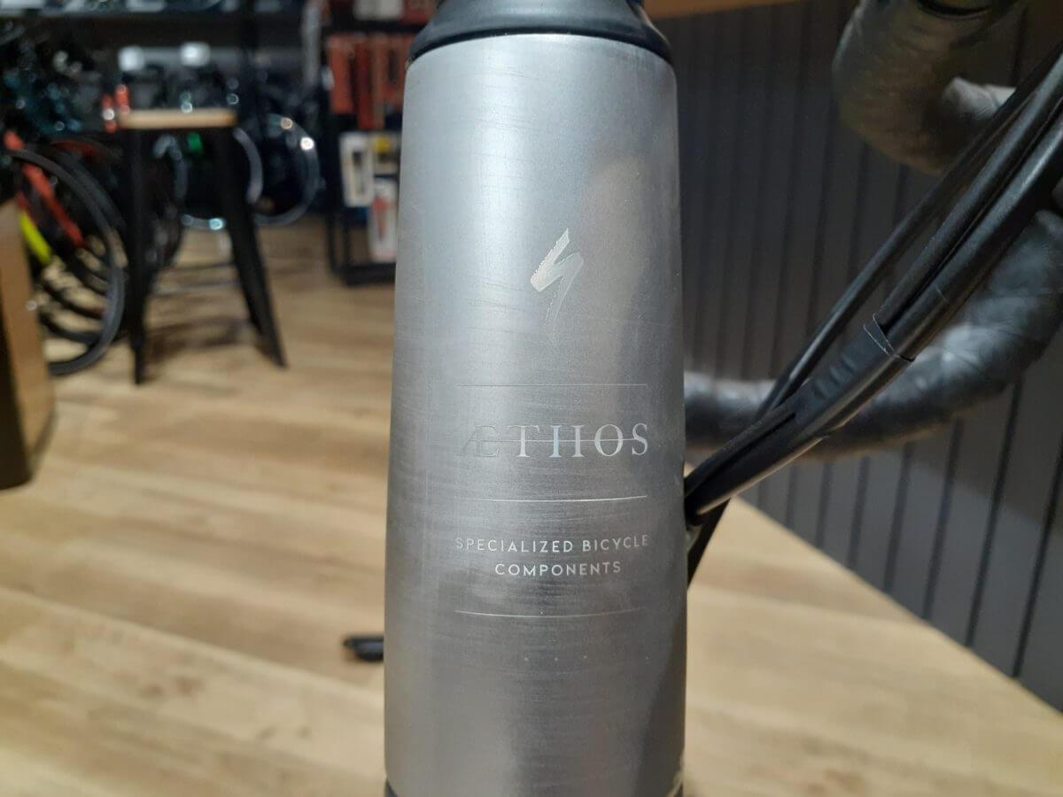 AETOS Founder's Edition ヘッドチューブ